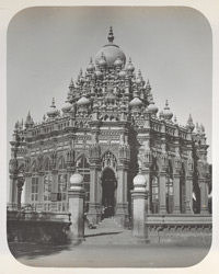 The Mahabat Mukbara (containing the tombs of their late Highnesses Mahabatkhanji and Bahadurkhanji) [Junagadh]